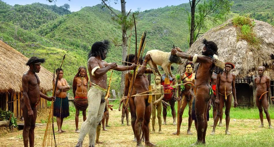 tribu con los penes mas grandes